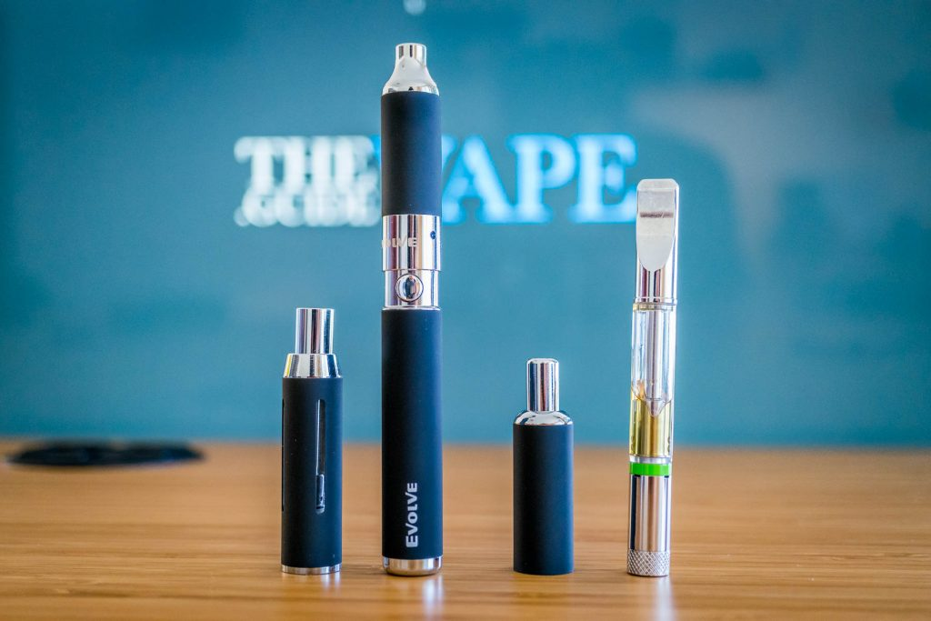 Yocan Evolve 3 in 1 Review: picture of its design